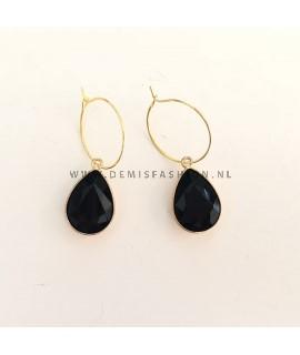 Oorbellen met zwarte steen