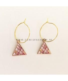Oorbellen roze driehoek
