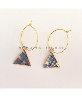 Oorbellen blauwe driehoek