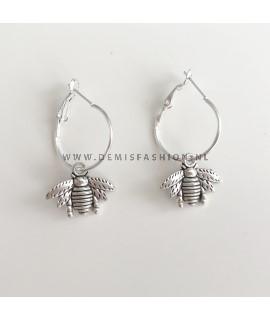 Zilveren bij oorbellen