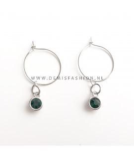Zilverkleurige groene steen oorbellen Roos