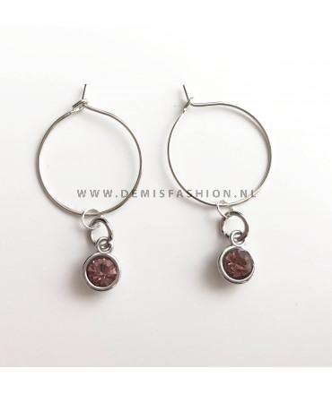 Zilverkleurige donker roze steen oorbellen Roos