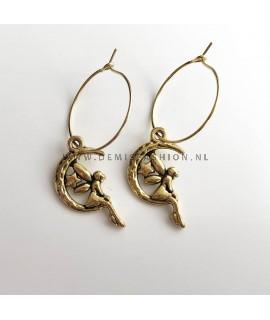 Fee oorbellen goudkleurig