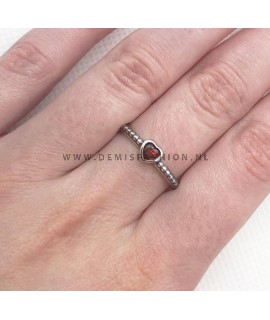 Zilveren rode hartjes ring