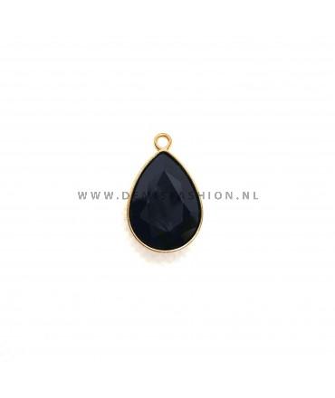 Zwarte steen bedel