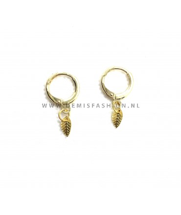Goudkleurige ringetjes blad oorbellen