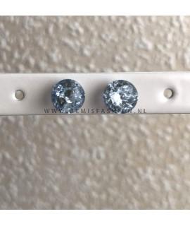 Blauwe bolletjes oorbellen