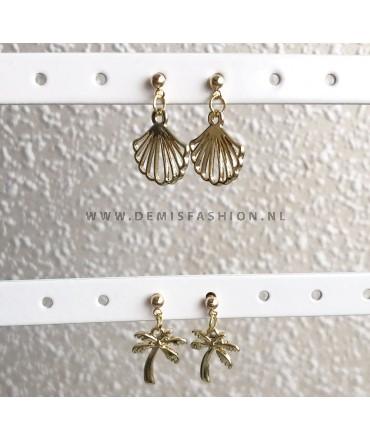 Goudkleurige beach oorbellen set