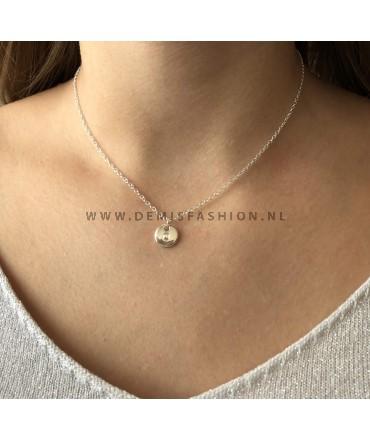 Zilveren initialen ketting O