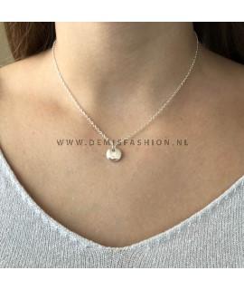 Zilveren initialen ketting V