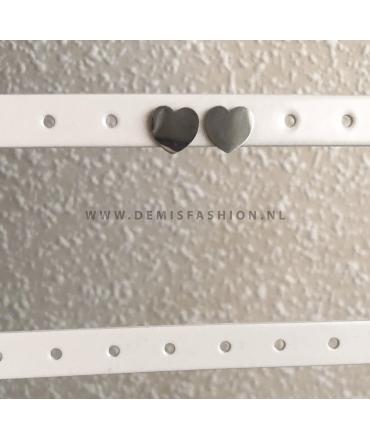 Zilverkleurige hartjes knopjes