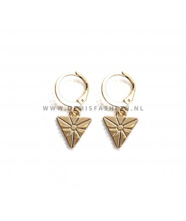 Goudkleurige driehoek oorbellen Carol