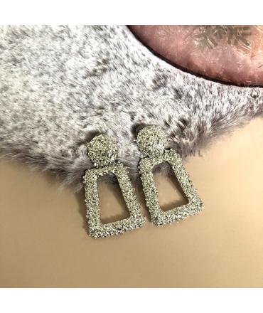 Zilverkleurige oorbellen Emily