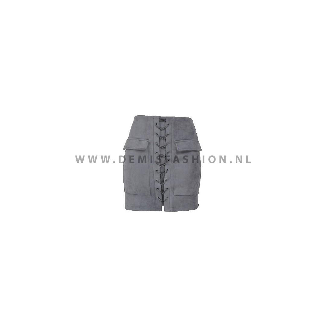 88c5a653b811bd Suede rok - Demi s Fashion