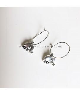 Olifant oorbellen zilverkleurig