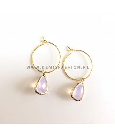Goudkleurige oorbellen met roze steen