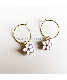 Oorbellen witte bloem
