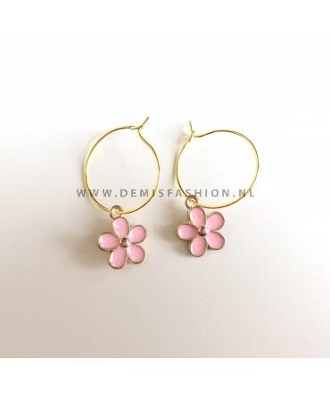 Oorbellen roze bloem