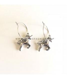 Eenhoorn oorbellen zilverkleurig